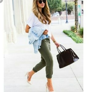 Zara Women The Zipper Jogger Fatigue Green Pants